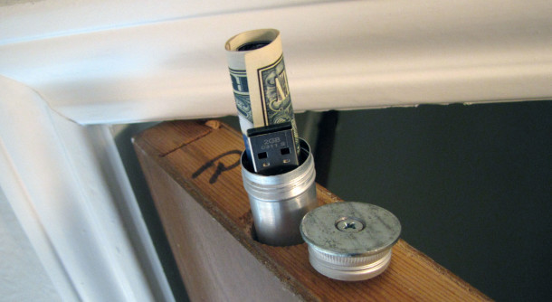 Merveilleux DIY Project, DIY Home Security, Diversion Safe, Door Top Stash, DIy