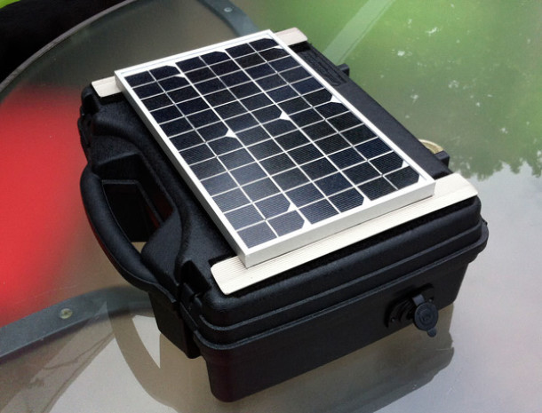 DIY Solar, Solar Battery, Solar Power Pack, Do It Yourself, Survival Solar, Emergency power, Emergency Solar Power